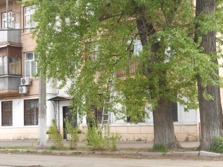 В Днепродзержинске заминировали жилой дом (ОБНОВЛЯЕТСЯ) (фото) - фото 9
