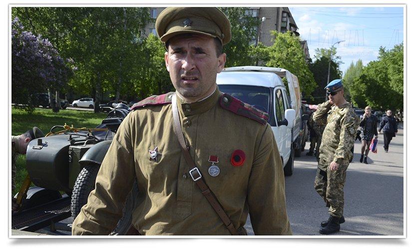 Славянск посетили раритетные автомобили времён Второй мировой войны (фото) - фото 3
