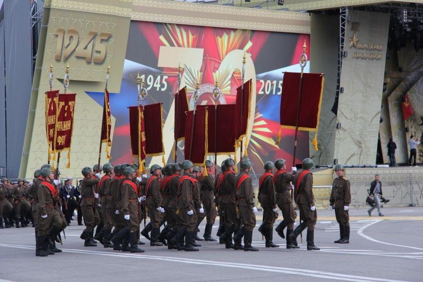 В Волгограде прошла репетиция парада ко Дню Победы, фото-3