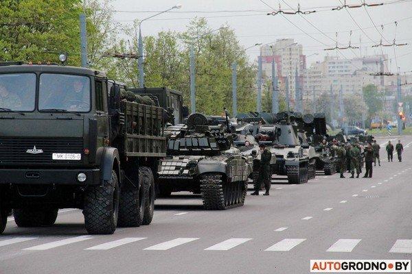 Фотофакт: в Гродно прошла масштабная репетиция военного парада перед 9 мая (фото) - фото 2