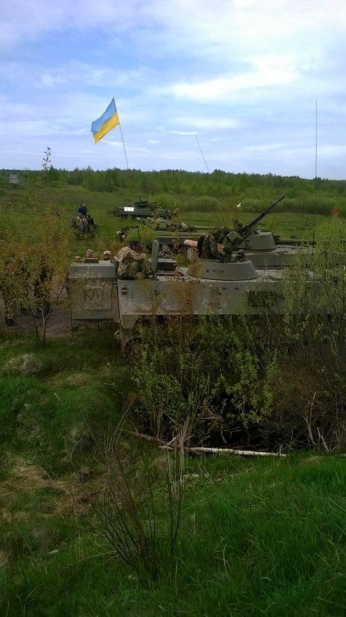 На житомирському загальновійськовому полігоні обстрілювали фортифікаційну споруду, фото-6