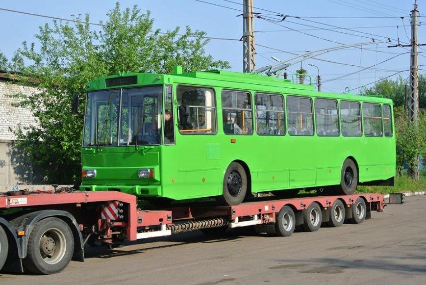 У Житомирському ТТУ поповнення: прибув черговий тролейбус марки Skoda, фото-1