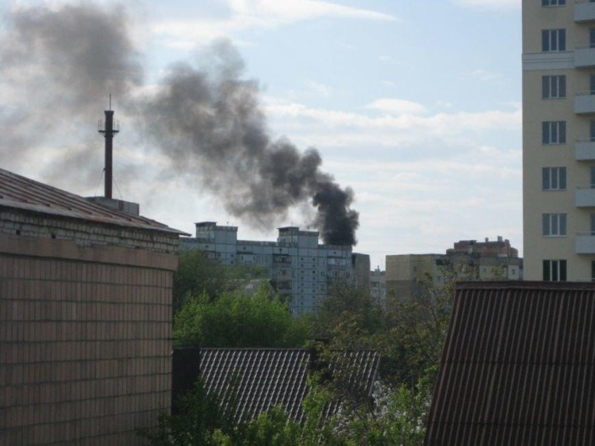 Возле Черниговского педуниверситета горел балкон многоэтажки, фото-6