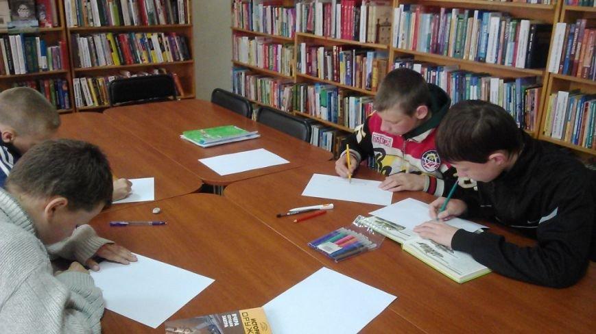 Херсонская детвора пишет письма и открытки бойцам АТО (фото), фото-1