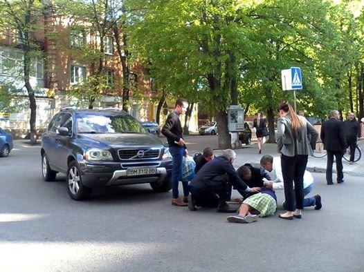 В центре Сум автомобиль сбил 93-летнюю женщину (ФОТО), фото-3
