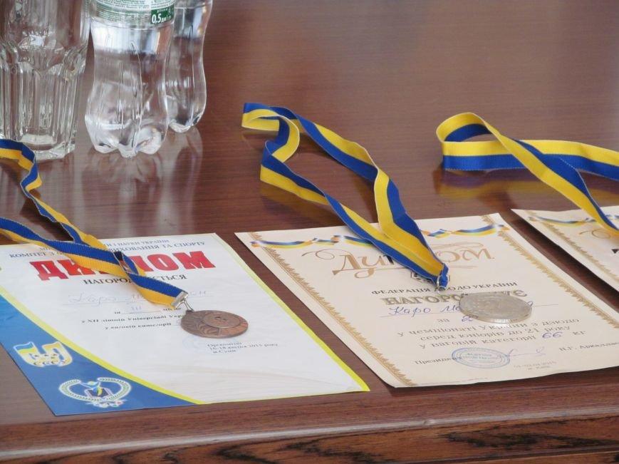 Представители городской власти поздравили кременчугских спортсменов с победами (ФОТО), фото-1