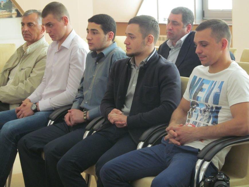 Представители городской власти поздравили кременчугских спортсменов с победами (ФОТО), фото-3