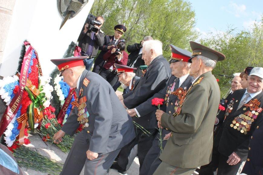 В Волгограде открыли памятник чекистам после реконструкции, фото-2