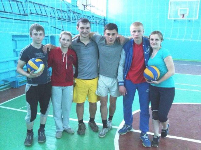 В Днепродзержинском энергетическом техникуме состоялось первенство по волейболу (фото) - фото 2