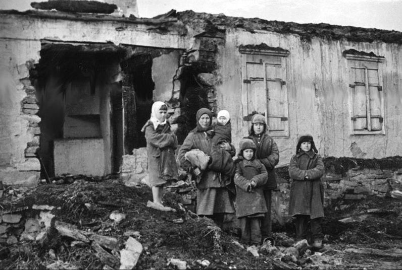 23 месяца оккупации: Ко Дню освобождения Мариуполя от нацистских захватчиков, фото-4
