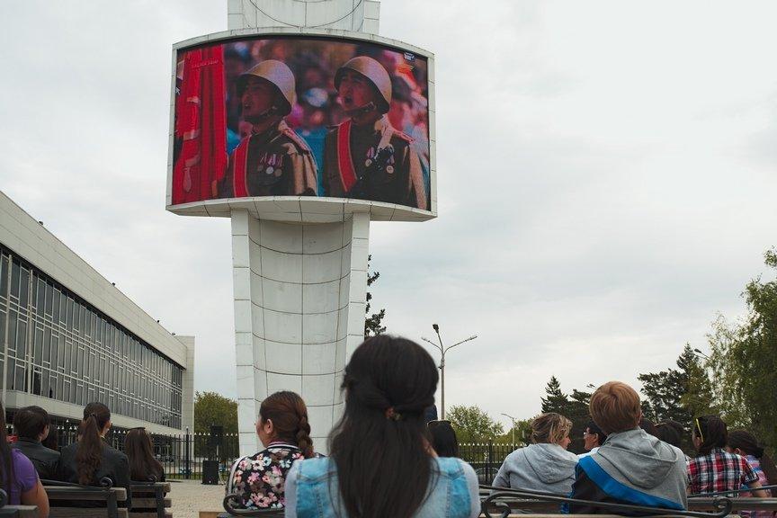 Прошел массовый просмотр парада с участием Президента РК, фото-2