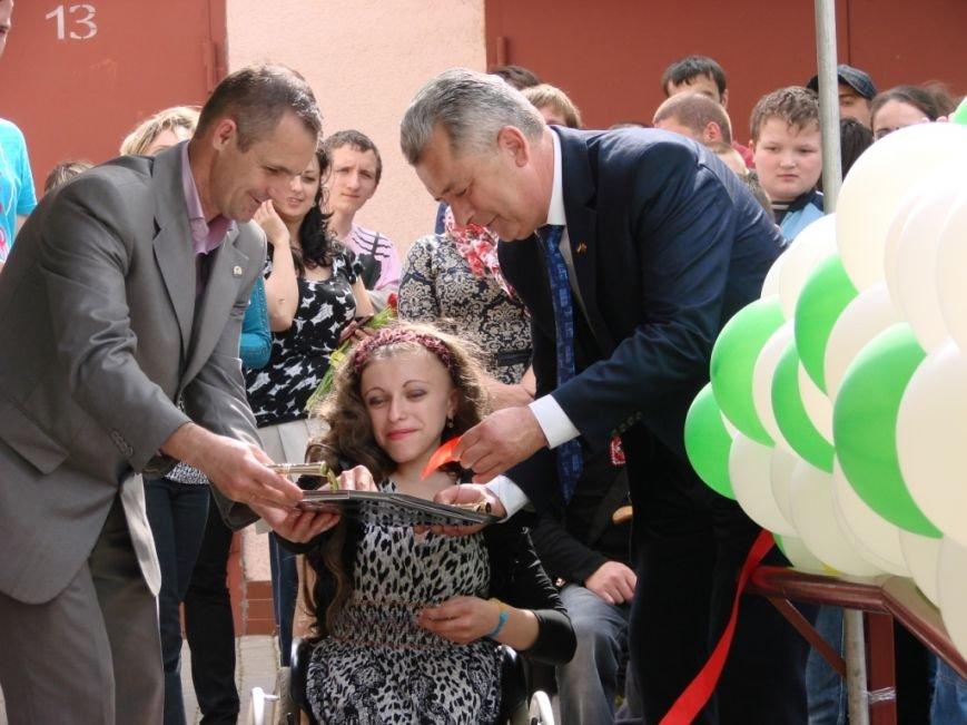 У Івано-Франківську відкрили фізкультурно-оздоровчий центр для людей з особливими потребами (фото) - фото 4