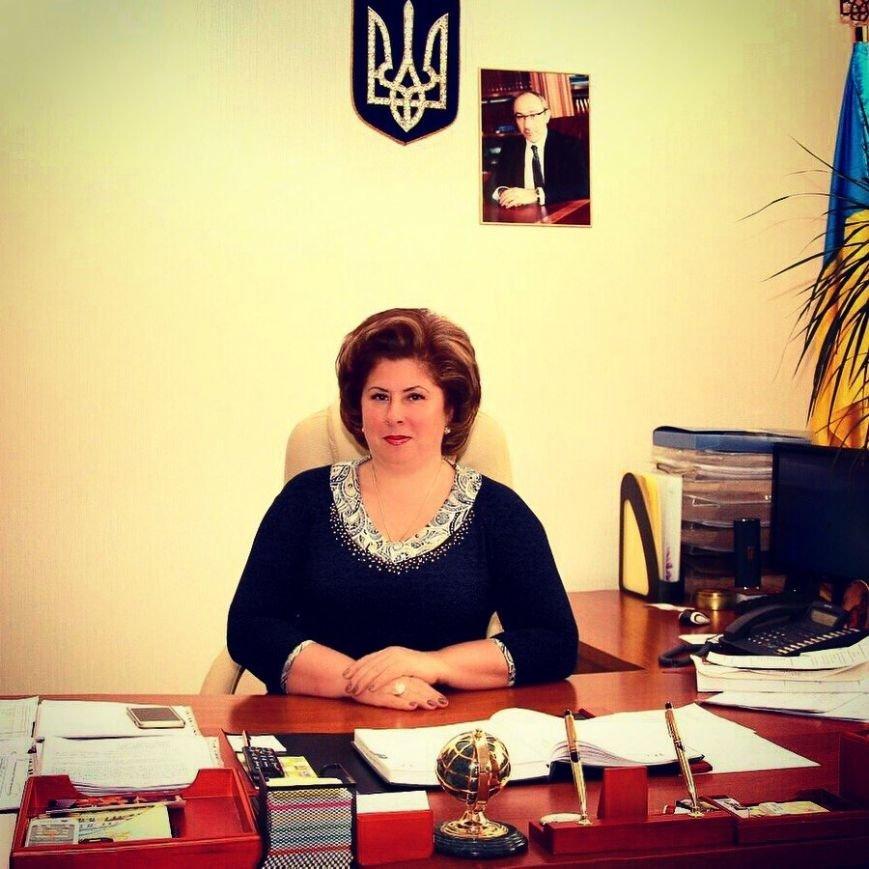 Глава Октябрьского района зарабатывает 5 тысяч в месяц, и при этом содержит на них себя и своего мужа (фото) - фото 6