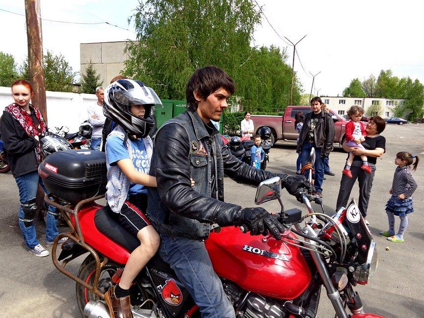 Байкеры покатали на мотоциклах ребятишек из Центра адаптации несовершеннолетних, фото-6