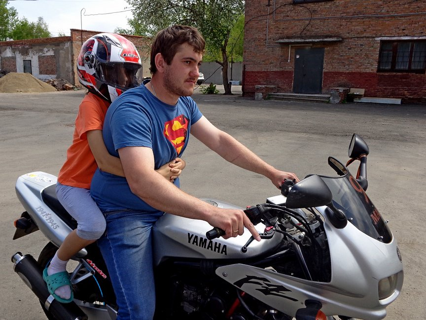 Байкеры покатали на мотоциклах ребятишек из Центра адаптации несовершеннолетних, фото-4
