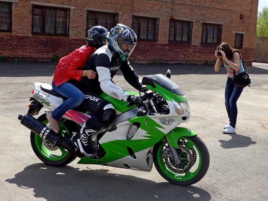 Байкеры покатали на мотоциклах ребятишек из Центра адаптации несовершеннолетних, фото-3