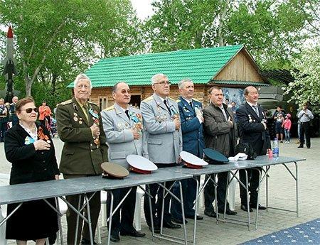 Защитников Родины поздравили с Днем Батыра, фото-1