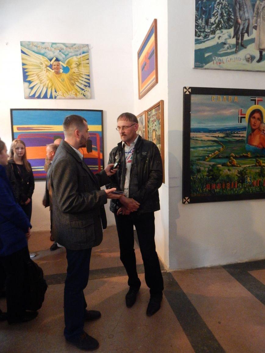 У Центрі сучасного мистецтва презентували провокативну виставку (фото) - фото 9