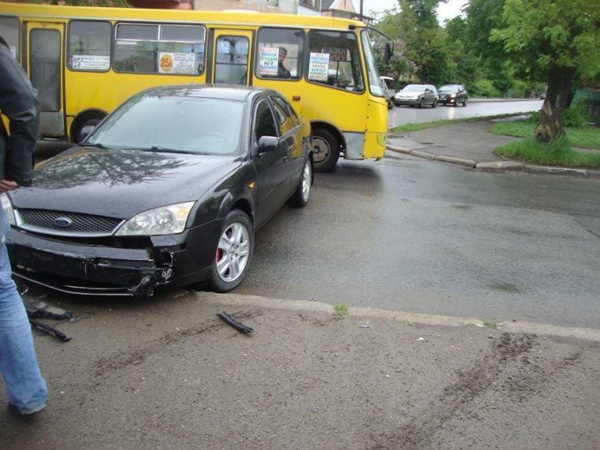 На вулиці Чорновола трапилась аварія (ФОТО), фото-2