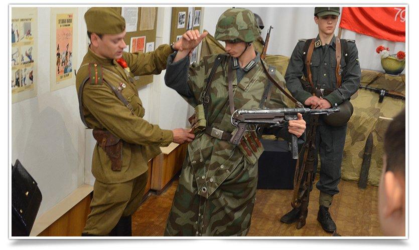 В славянском краеведческом музее открылась выставка к Дню Победы (фото) - фото 7