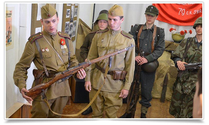 В славянском краеведческом музее открылась выставка к Дню Победы (фото) - фото 8