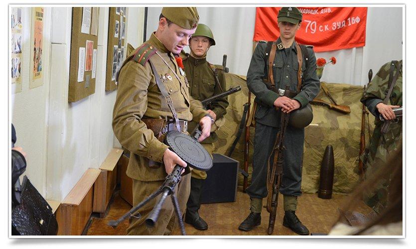 В славянском краеведческом музее открылась выставка к Дню Победы (фото) - фото 9
