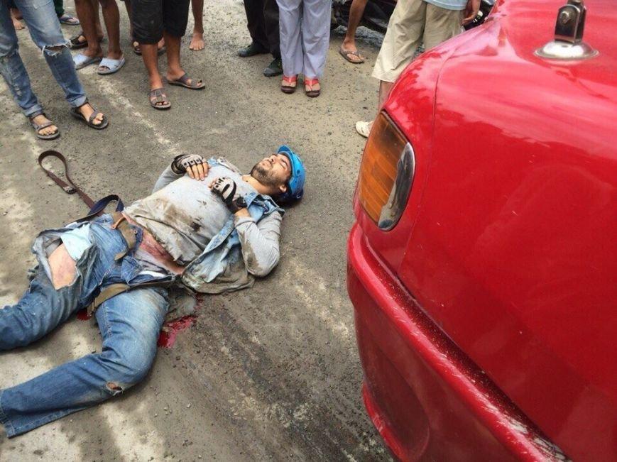 Украинский фотограф, попавший под грузовик во Вьетнаме, нуждается в дорогостоящем лечении (фото) - фото 1