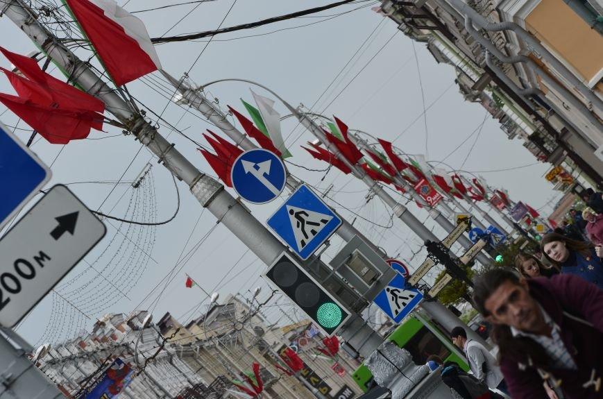 В Гомеле на центральной площади вовсю идет подготовка к праздничному концерту на 9 мая, фото-4