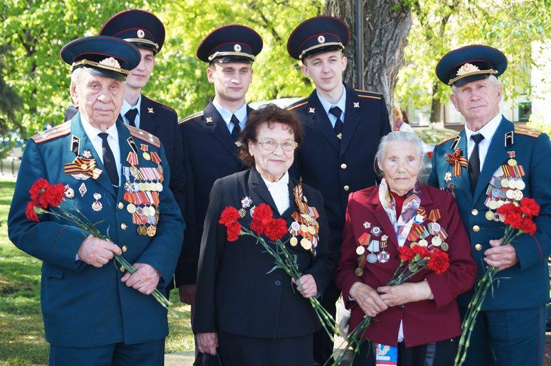 В Белгороде на Соборной площади зажгли вечный огонь (фото) - фото 2