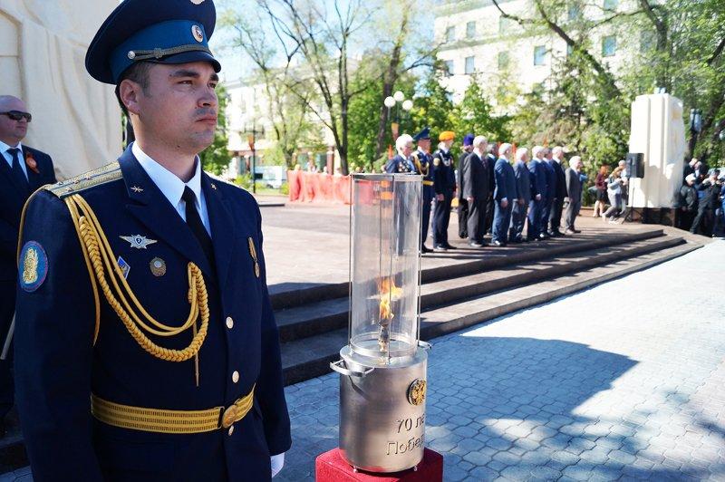 В Белгороде на Соборной площади зажгли вечный огонь (фото) - фото 7