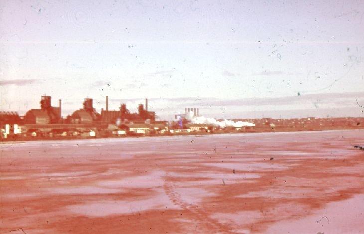 Промышленность Мариуполя в годы Второй мировой: заводы таки выплавляли сталь, появился частный бизнес, а землю отдали крестьянам (фото) - фото 3