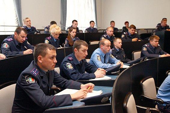 Дільничні інспектори Хмельницького звітуватимуть перед громадою (ФОТО) (фото) - фото 4
