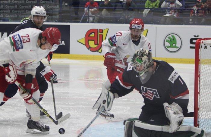 Гродненцы Гаврус и Лисовец помогли сборной Беларуси по хоккею впервые в истории обыграть США (фото) - фото 1