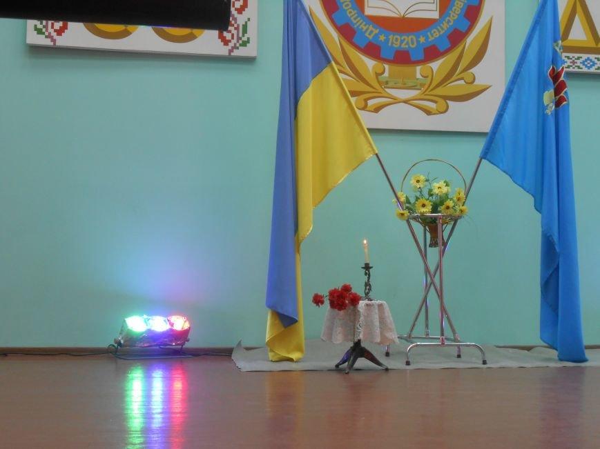 В Днепродзержинском государственном техническом университете состоялся концерт, посвященный Дню Победы (фото) - фото 4