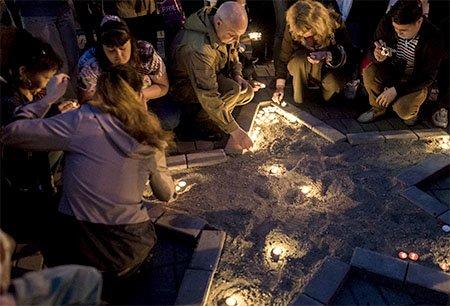 Помним, чтим, не забудем. В парке «Жастар» прошла акция «Зажги свечу», фото-2