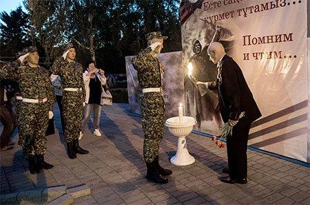 Помним, чтим, не забудем. В парке «Жастар» прошла акция «Зажги свечу», фото-1