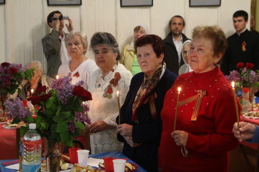 В Симферополе ветераны вместе с митрополитом Лазарем помолились о воинах, павших в годы войны (ФОТО), фото-6