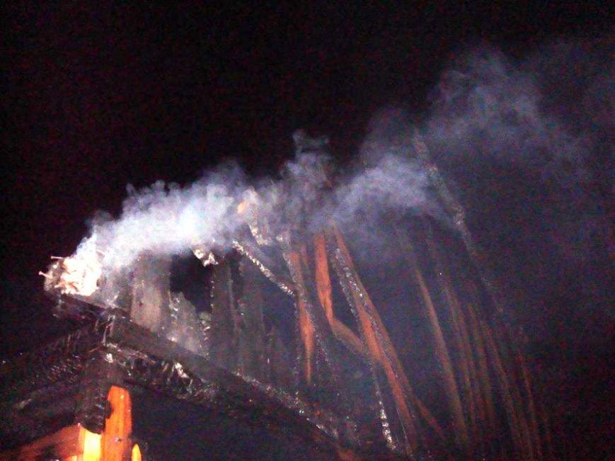 В Полтавской области сгорел выставочный зал (ФОТО) (фото) - фото 1