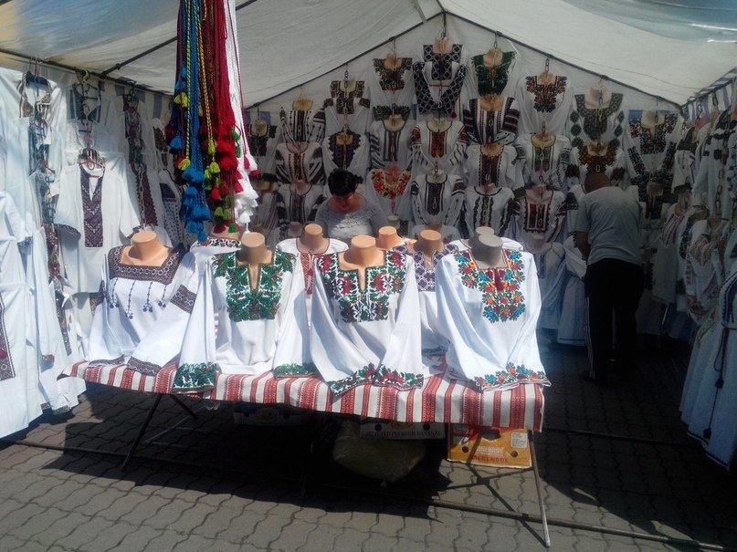 В Івано-Франківську відкрився «Прикарпатський вернісаж» (ФОТОРЕПОРТАЖ), фото-10