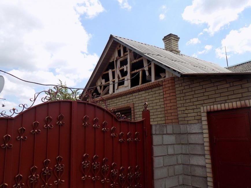 Поселок Верхняя Крынка после обстрела 5 мая (фото) (фото) - фото 6