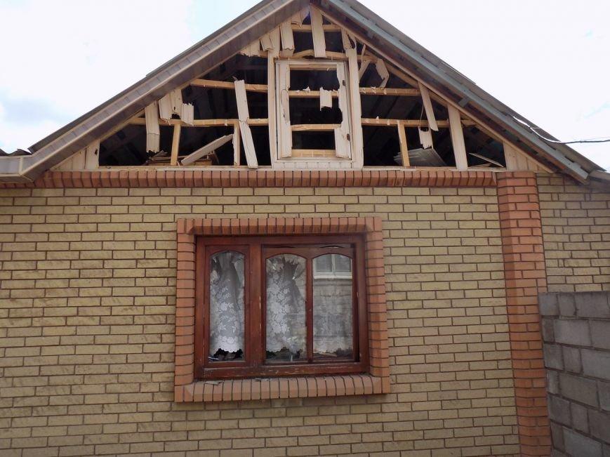 Поселок Верхняя Крынка после обстрела 5 мая (фото) (фото) - фото 8