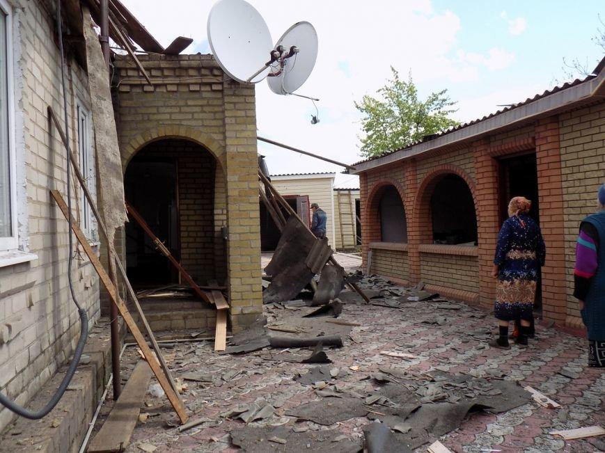 Поселок Верхняя Крынка после обстрела 5 мая (фото) (фото) - фото 4