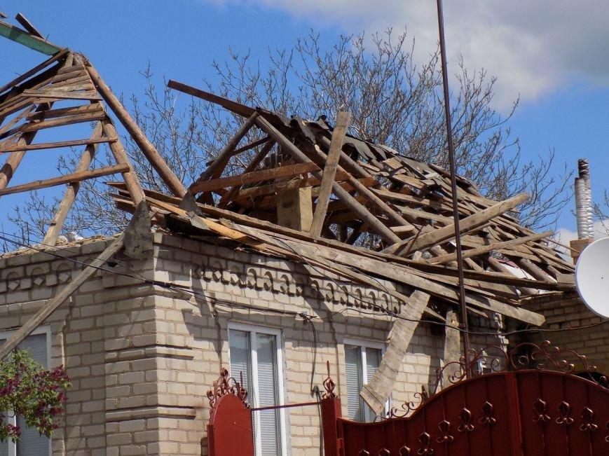 Поселок Верхняя Крынка после обстрела 5 мая (фото) (фото) - фото 1
