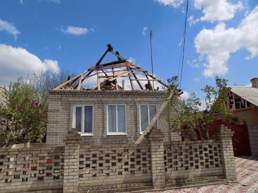 Поселок Верхняя Крынка после обстрела 5 мая (фото) (фото) - фото 5