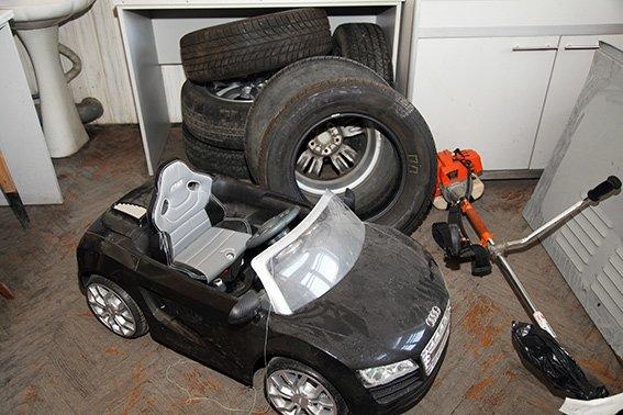 На Хмельниччині розкрито серію крадіжок із гаражів (ФОТО) (фото) - фото 1