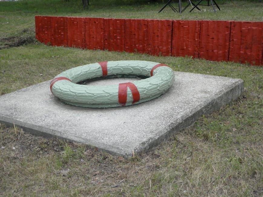 В Краматорске на Меловой горе почтили память жертв фашизма (фото) - фото 5