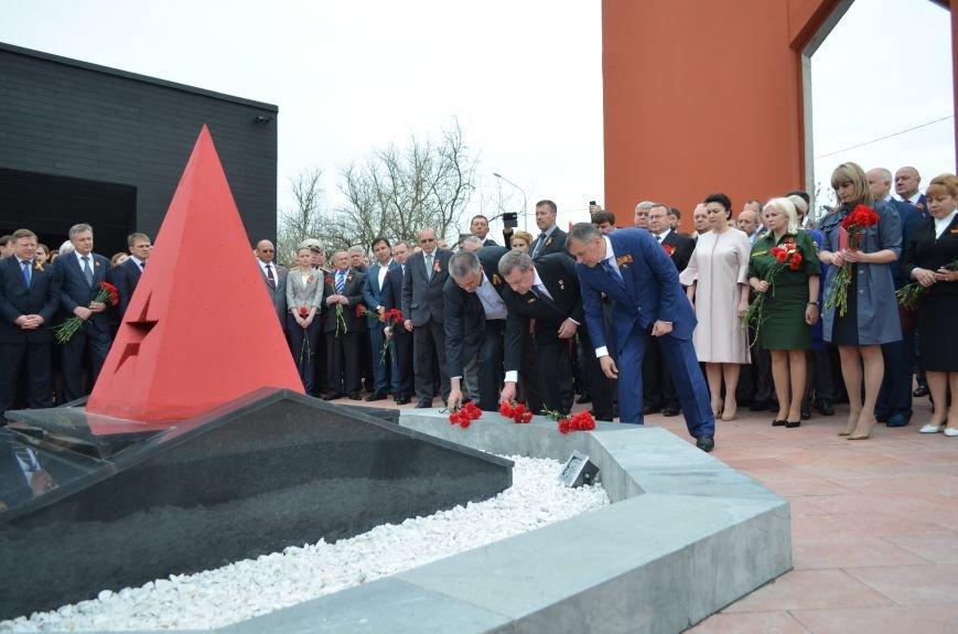 Под Симферополем открыли мемориал на месте бывшего концлагеря (ФОТОРЕПОРТАЖ), фото-5