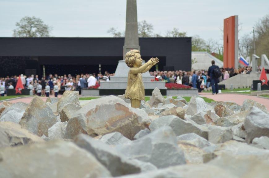 Под Симферополем открыли мемориал на месте бывшего концлагеря (ФОТОРЕПОРТАЖ), фото-2
