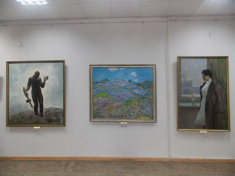 В Запорожье открылась выставка к юбилею Победы (ФОТО) (фото) - фото 1