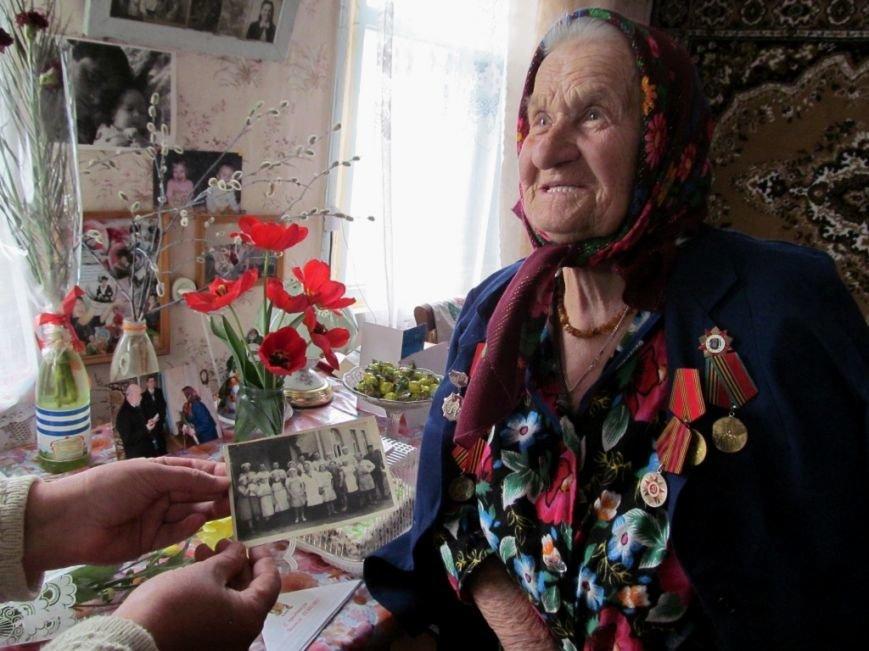 Новоаннинские активисты поздравляют ветеранов ВОВ с Днем победы, фото-2
